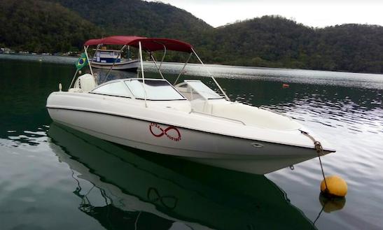 A 10-person Boat For Charter In Duque De Caxias Rio De Janeiro, Brazil