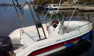 2010 Powerboat for up to 4 People in Šibenik