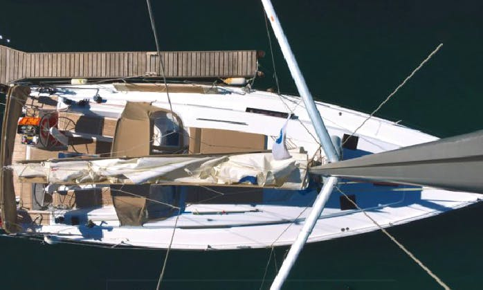 Charter 41' Hanse Cruising Monohull in Lavrion, Greece