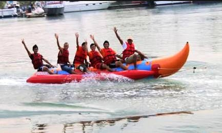 Enjoy Tubing in Sei Beduk, Indonesia