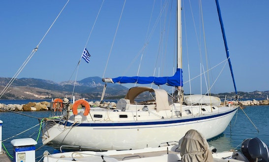 Charter 38' Victor Cruising Monohull In Lixouri, Greece