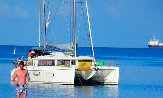 Lagoon 421 Sailing Catamaran Diving Cruises In Les Trois-Îlets, Martinique
