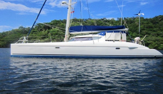 Grenadines - Cruising Catamaran Charter - Friends All Inclusive Pkg. 7nts
