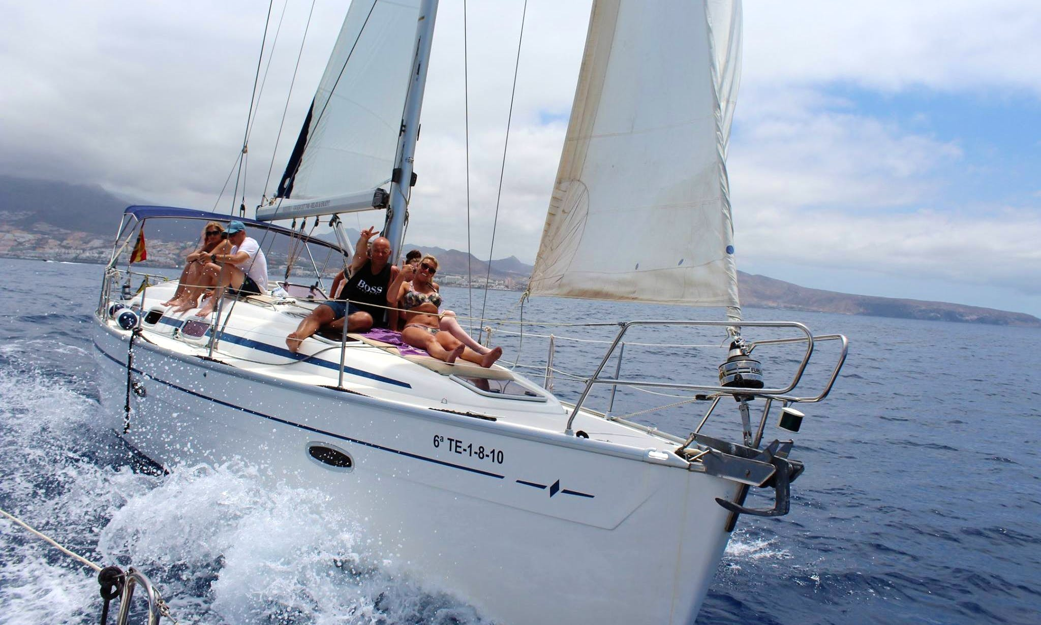 Rent a Cruising Monohull in Santa Cruz de Tenerife, Canarias
