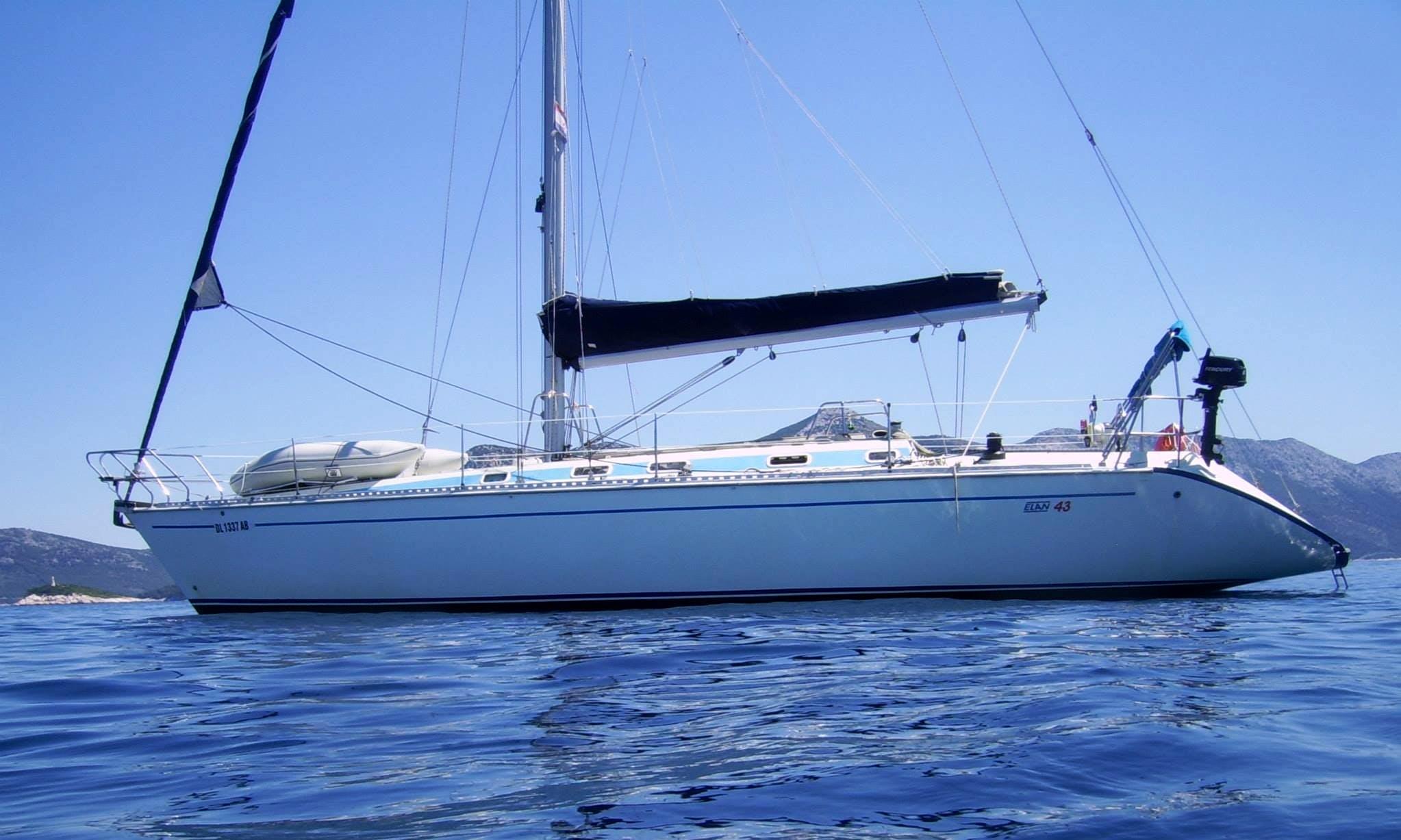 43' Elan Cruising Monohull in Novi Sad, Serbia for Charter 2135 a week