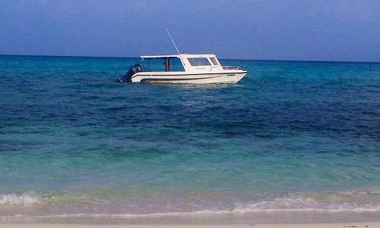 Charter Naxoo Express Cuddy Cabin In Maavah, Maldives