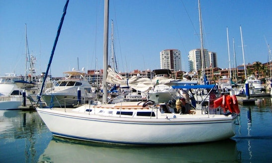 Daysailer Rental In Puerto Vallarta 30 Ft For Up To 6 People