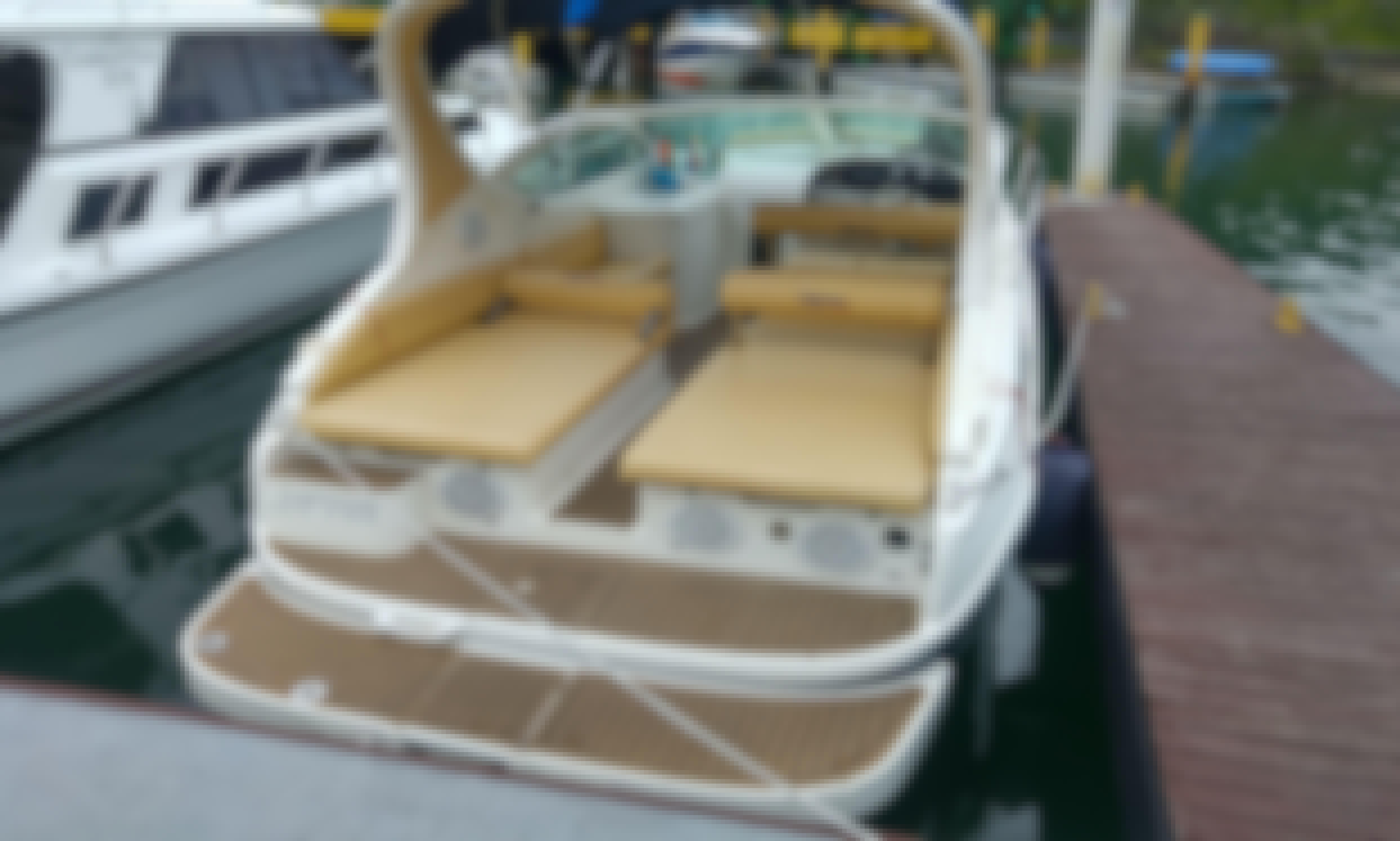 Motor Yacht rental in Angra dos Reis.