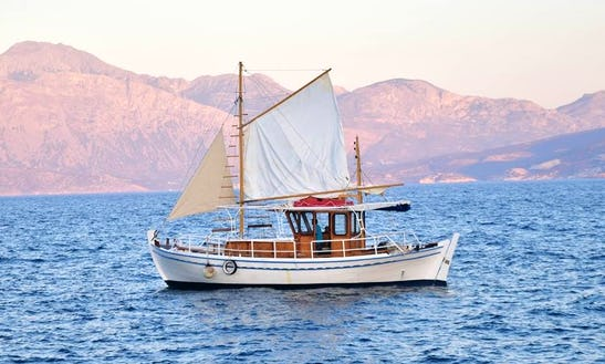 Charter A Gulet In Kavousi, Greece