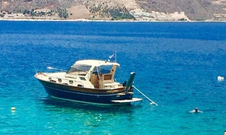 Charter a Motor Yacht in Lakonia, Greece