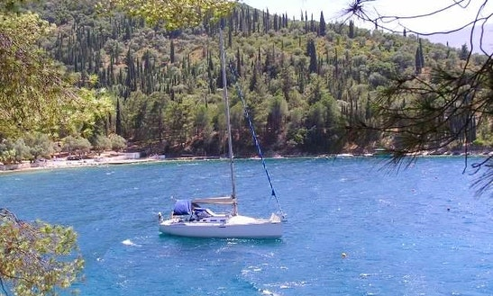 Charter A Cruising Monohull In Pylos, Greece