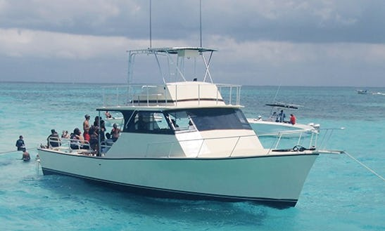 Charter 45' High Rider Cuddy Cabin In West Bay, Cayman Islands