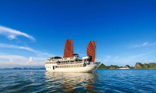 4 Star Luxury Cruise Of Halong Bay On Traditional Junk Boat