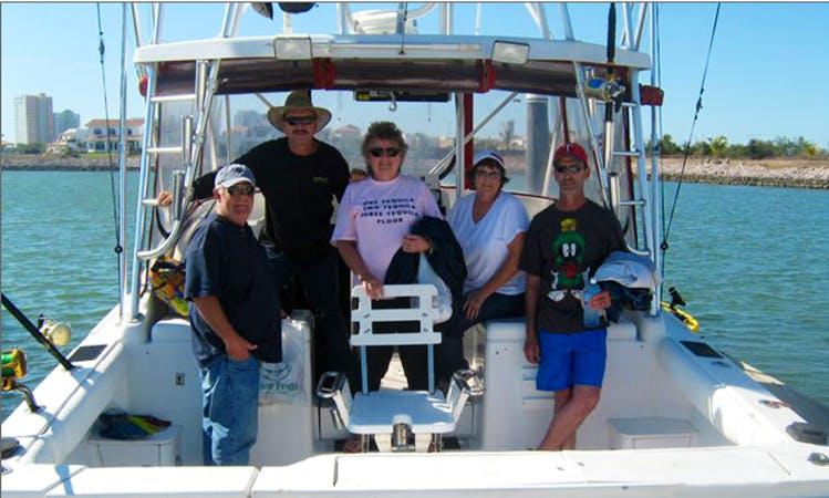 31' Cherrtia Sport Fisherman Charter in Mazatlán, Mexico