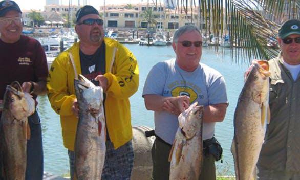 31' TERRIC Sport Fisherman Charter in Mazatlán, Mexico