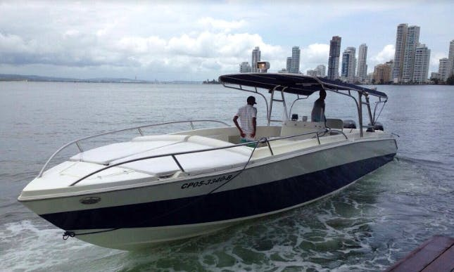Charter 42' Firpol Center Console in Cartagena , Colombia