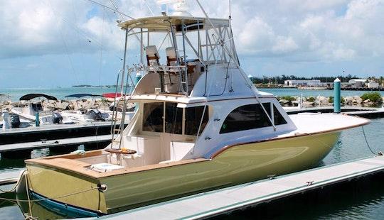 39' Bertram Fishing Yacht In Guatemalán