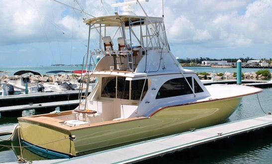 39' Bertram Fishing Yacht In Guatemalán