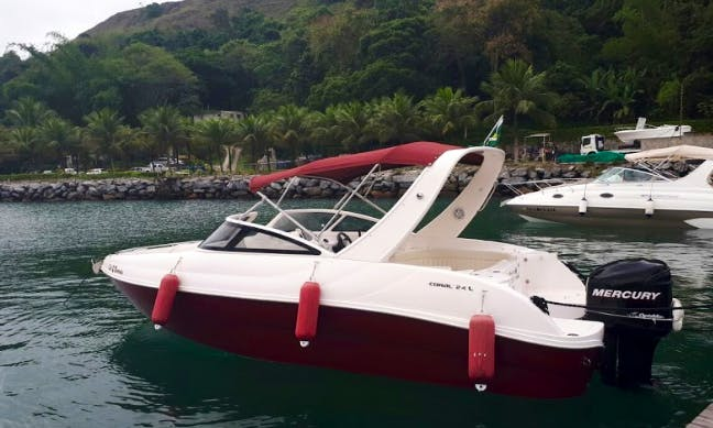 Hit the water on a Bowrider in Rio de Janeiro, Brazil for 9 people
