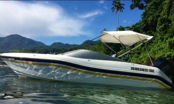 8 Person Bowrider for charter in Rio de Janeiro, Brazil