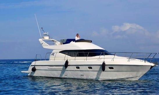 Charter 44' Azimut Avetura Motor Yacht In Iraklio, Greece