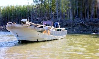 Center Console Fishing Trips in Blackmore, Australia