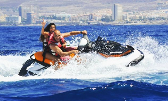 Rent A Jet Ski - $50 Usd For 90 Minutes