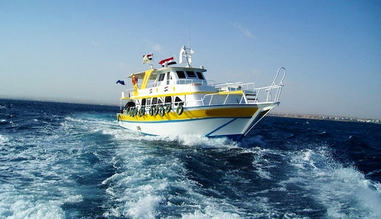 40 Persons Moawd 1 Yacht Diving Trips  Courses In Hurghada
