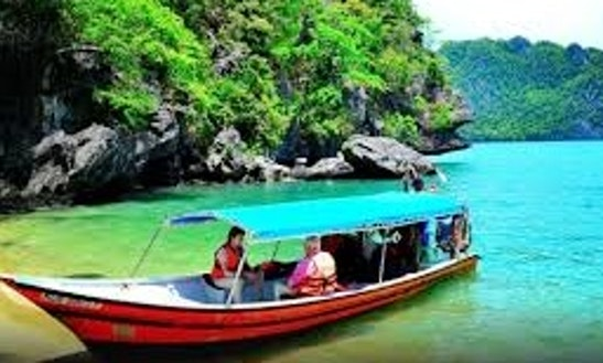 Charter This 8 People Dinghy In Langkawi, Malaysia