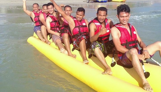 Enjoy Banana Boat Rides In Langkawi, Malaysia For 7 Persons