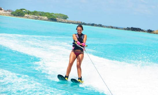 Enjoy Water Skiing In Malé, Maldives