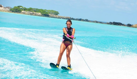 Enjoy Water Skiing In Malé, Maldives
