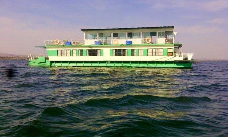 Houseboat rental in Kariba, Zimbabwe