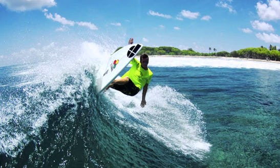 Rent A Surf Board In Malé, Maldives