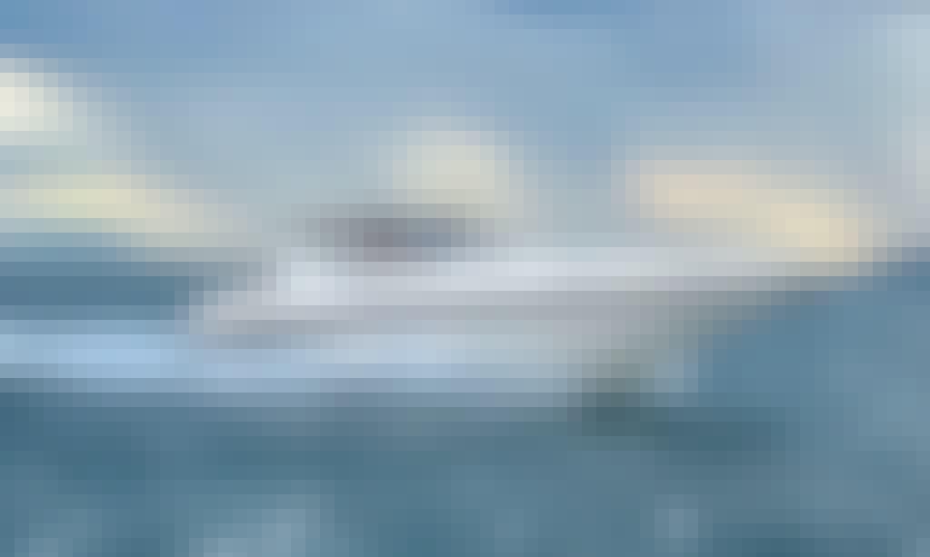 Charter Runner 38 Motor Yacht in Angra dos Reis, Brazil