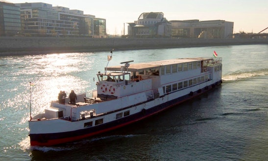 Fanny M/s Boat Trips In Budapest