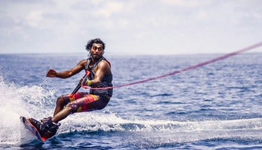 Get Wet And Make Some Great Moves On Wakeboarding In Malé, Maldives