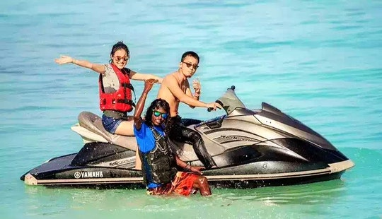Rent And Drive A Waverunner In Malé, Maldives