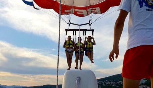 Enjoy Parasailing In Crikvenica, Primorsko-goranska županija