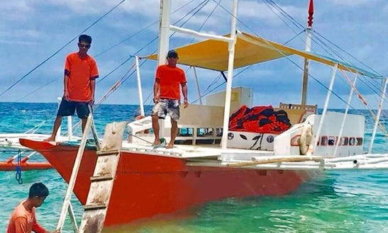 Island Hopping Trips For 15 People On Cebuano Wooden Boat