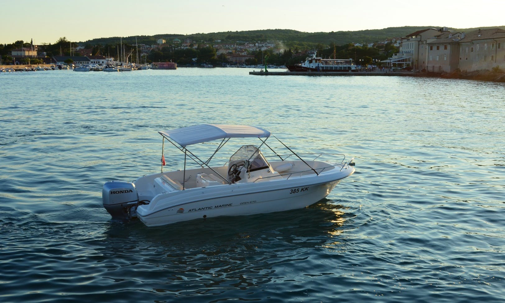 Rent 22' Atlantic Open Center Console in Krk, Croatia
