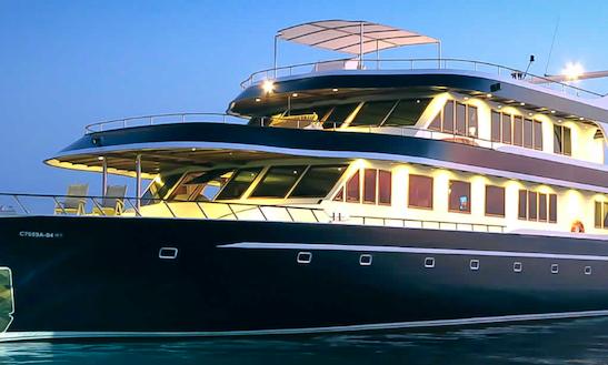 Charter A 110' Ocean Divine Power Mega Yacht In Malé, Maldives