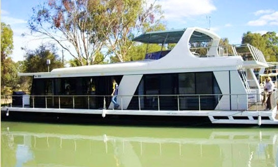 'primo' Houseboat Hire In Paringa, Australia