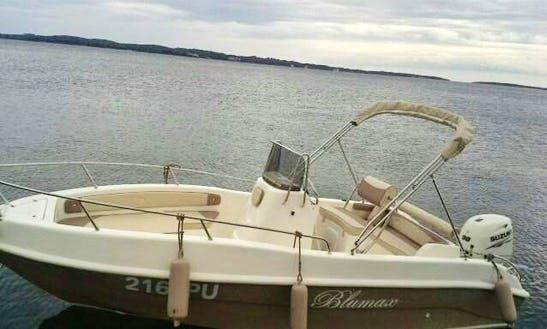 19' Blumax Sea Ghost 550 Open Center Console Rent In Rakalj, Croatia