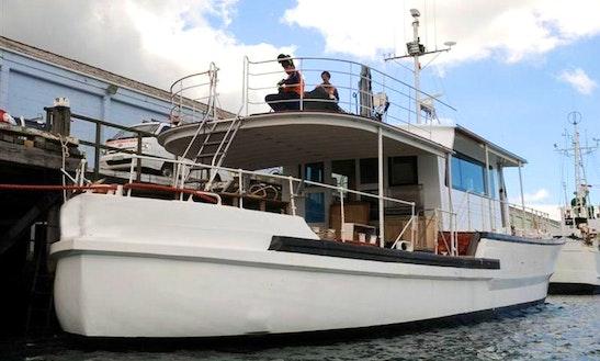 Motor Yacht 'tiakina' In Dunedin