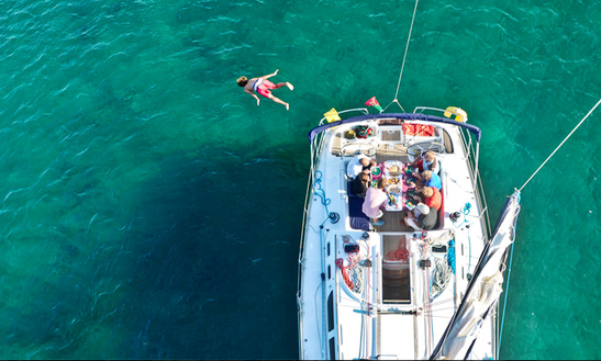 'nemo' Jeanneau So 43 Monohull Charter In Portimão