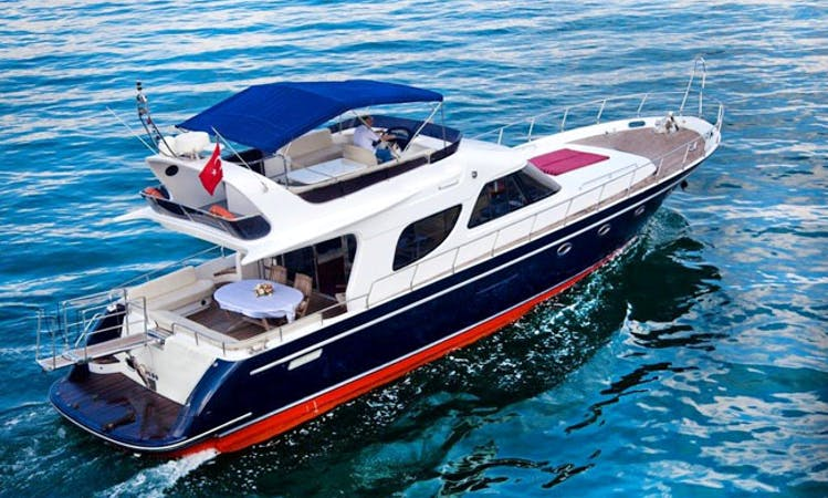 Charter 57' Power Mega Yacht in İstanbul, Turkey