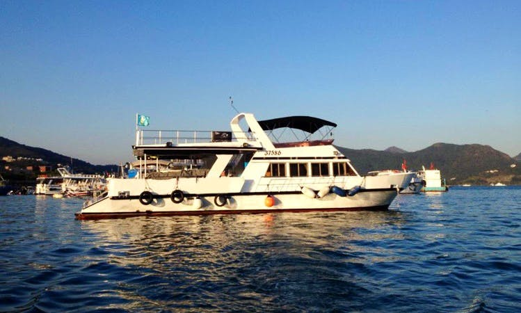 Boat Fun Diving & PADI Courses in Hong Kong Island