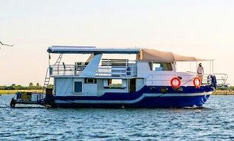 Charter Houseboat in Mashonaland West Province, Zimbabwe