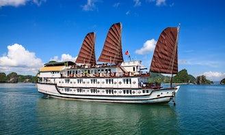 Viatnamese Junk Boat Cruise in Halong Bay